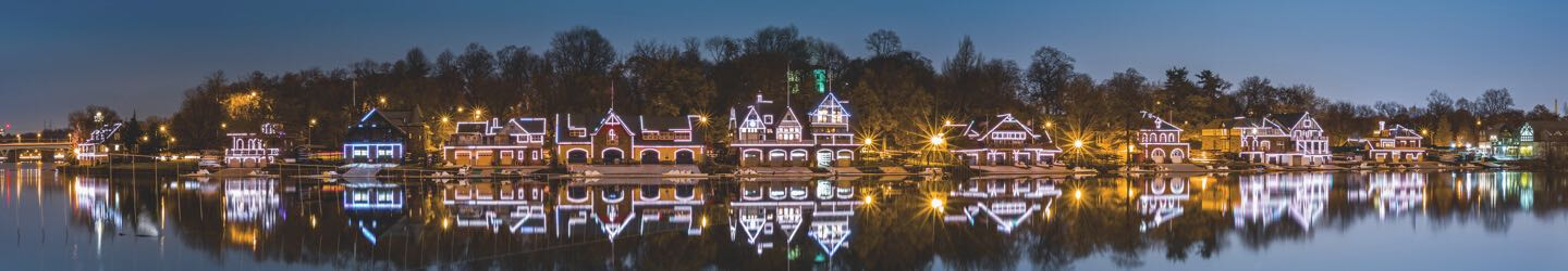 Philadelphia lake houses with Christmas lights
