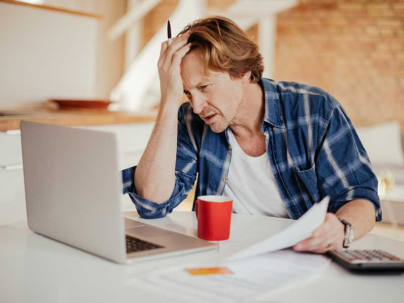 Financial problems stressing man out