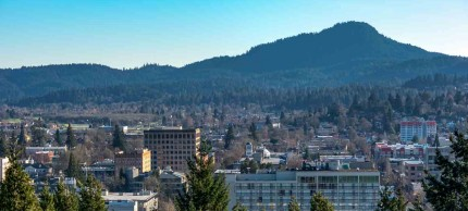 Eugene, Washington downtown with mountain background